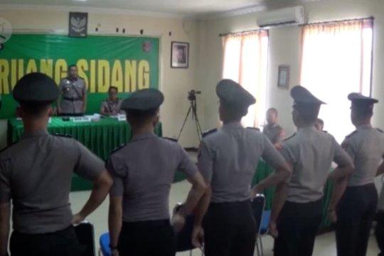 Anggota Polda Sutra pembawa senjata api dihukum