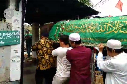 Prosesi pemakaman Akbar Alamsyah