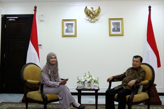 Menjadi wapres SBY atau Jokowi, yang lebih asyik bagi JK