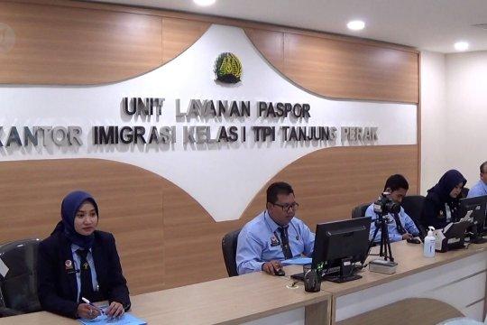 Imigrasi Tanjung Perak buka layanan paspor di Pasar Atom