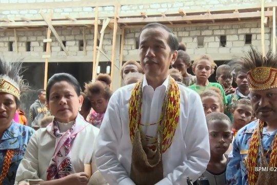 Jokowi janji percepat pembangunan infrastruktur di Pegunungan Arfak