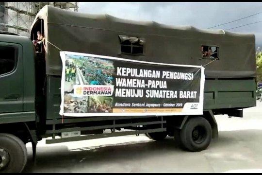 596 perantau Minang di Wamena pulang kampung