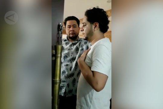Menantu Elvy Sukaesih ditangkap karena narkoba