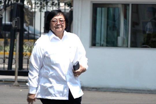 Siti Nurbaya tetap jadi menteri LHK