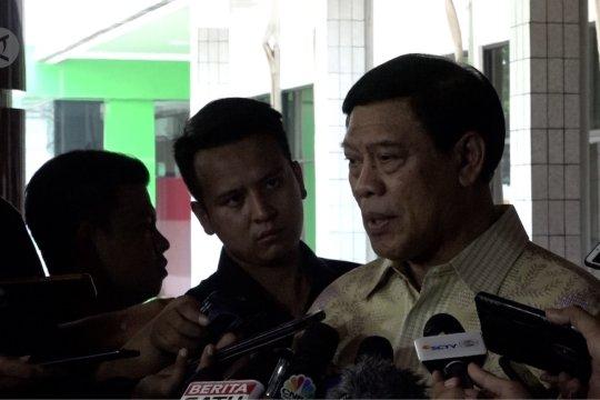 Jenguk Wiranto, eks Menko Polhukam duga ada keteledoran pengamanan