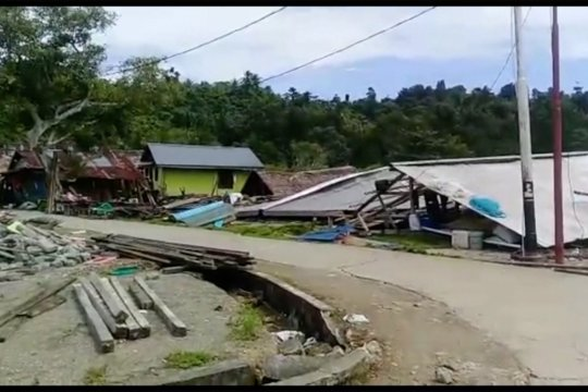 Pemkab Halmahera Selatan fokus bangun huntara pascagempa