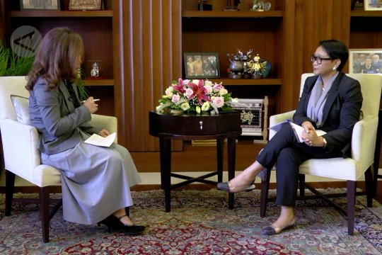 Retno Marsudi akui tantangan diplomat perempuan lebih banyak - Wawancara khusus