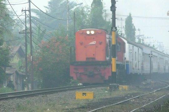 Kabut asap ganggu perjalanan kereta api