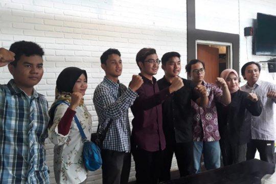 Aliansi Pelajar Surabaya blusukan pejabat Surabaya bukan pencitraan