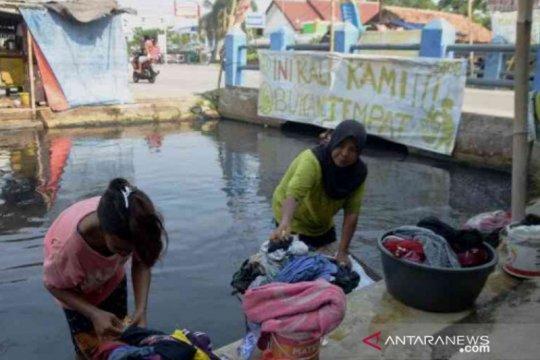 Dinas Lingkungan Hidup Bekasi segera sisir sungai hitam