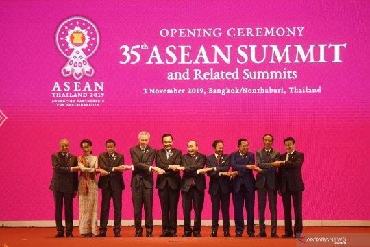 Pembukaan KTT ke-35 ASEAN