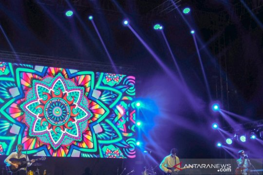 New Hope Club puji antusiasme penggemar dan janji kembali ke Jakarta
