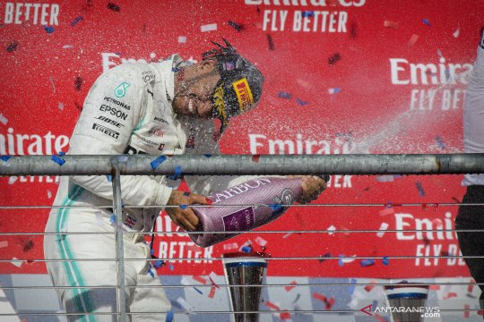 Lewis Hamilton tunggu keputusan bos Mercedes soal kontrak musim 2021