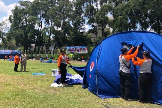 KTB Yogyakarta adu kecepatan dan ketangkasan dirikan tenda