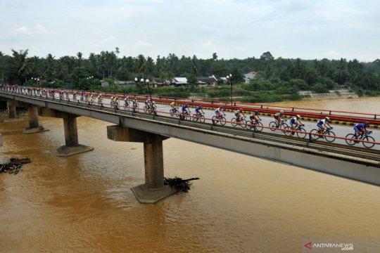Tour de Singkarak, jalan Solok Selatan tutup lima jam