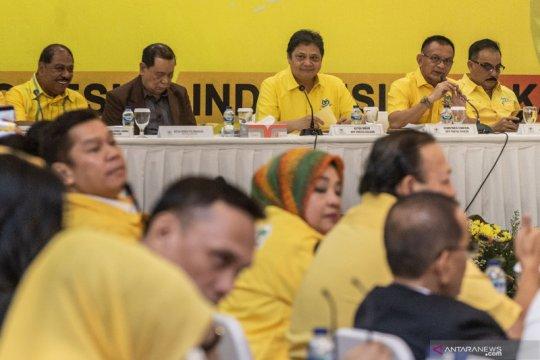 """Nusron Wahid yakin tak ada """"restu-restuan"""" Jokowi bagi ketum  Golkar"""