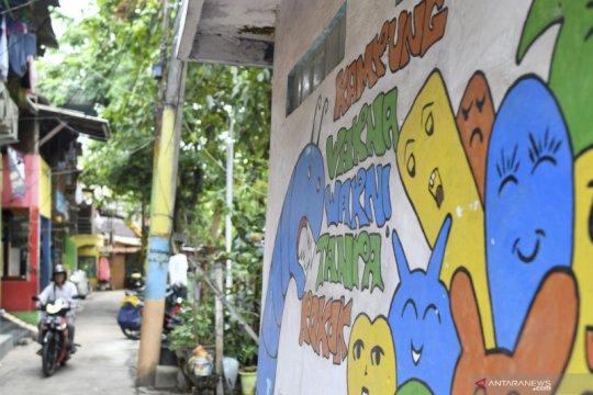Nobby dan rintisan Kampung Warna Warni