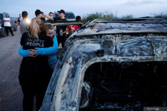 Baku tembak kartel dan polisi di utara Meksiko, 14 tewas