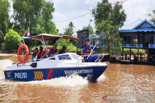 """""""Illegal fishing di Sungai Martapura dicegah dengan patroli gabungan"""