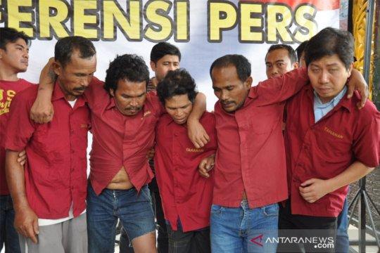 Pembunuhan aktivis, polisi tangkap otak pelaku di Labuhanbatu
