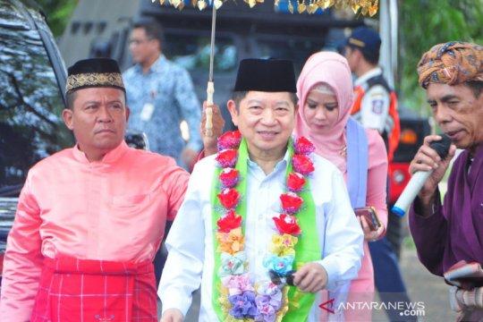 Suharso Monoarfa disambut upacara adat Mopotilolo di Gorontalo