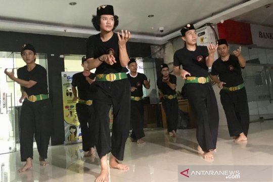Reviving the legacy of Sabeni, the Betawi fighter