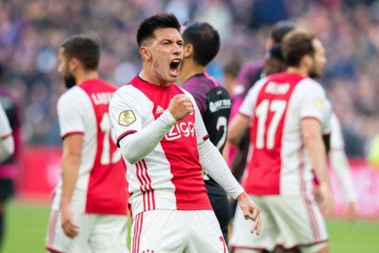 Ajax hantam Utrecht empat gol tanpa balas