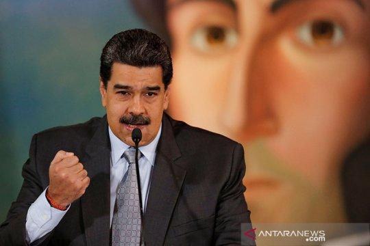 Trump akan pertimbangkan bertemu Maduro