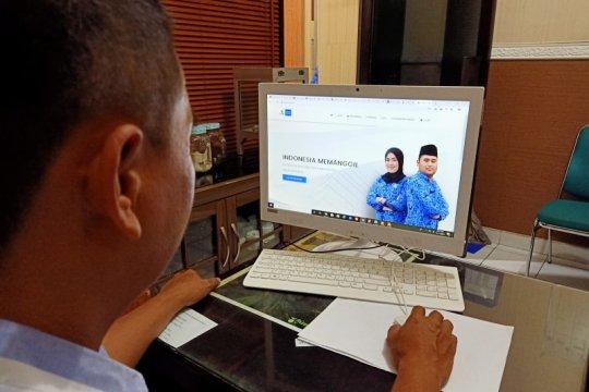 Pendaftaran CPNS Mataram tertunda sehari