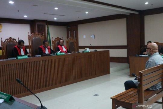 Perantara suap eks direktur PT Krakatau Steel divonis 2 tahun penjara
