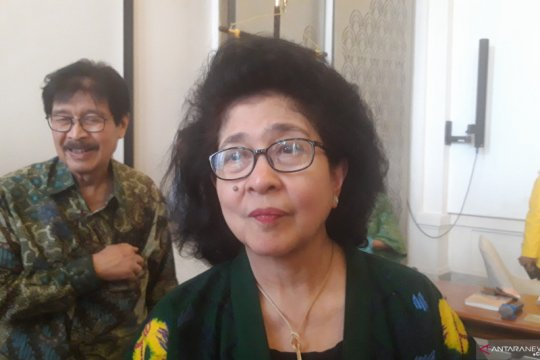 """Nila Moeloek ajak masyarakat terapkan """"isi piringku"""" cegah diabetes"""