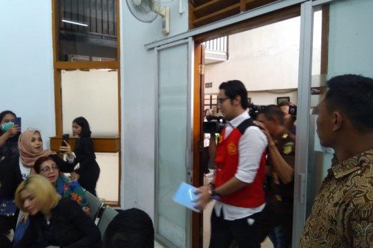 Kris Hatta hadirkan saksi ahli dokter