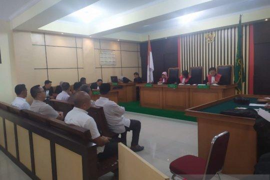 Tujuh terdakwa korupsi pembangunan asrama haji Jambi mulai diadili