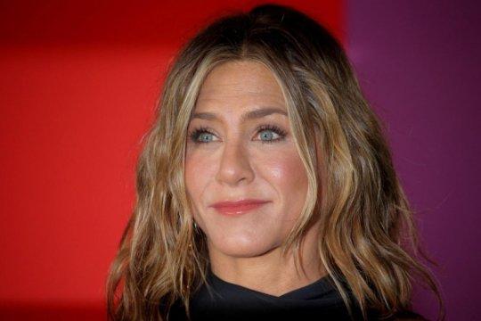 """Jennifer Aniston sabet gelar """"Ikon"""" Penghargaan People"""