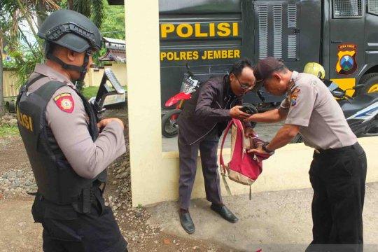 Polres Jember perketat pengamanan pascaledakan bom di Medan
