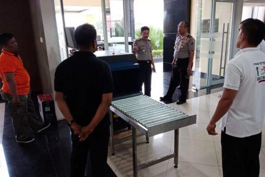 Polda Sumbar pasang X-Ray pascapeledakan bom di Medan
