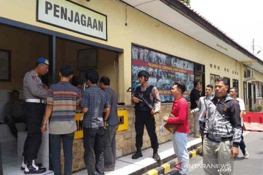 Polres Cirebon perketat penjagaan setelah bom di Polrestabes Medan