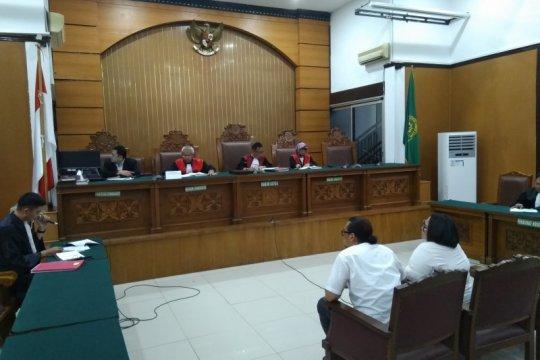 Nunung dan suami dituntut 1,5 tahun penjara