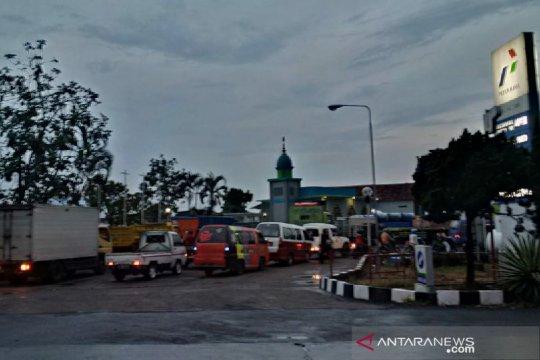 Pengusaha angkutan di Garut keluhkan pembatasan pembelian solar