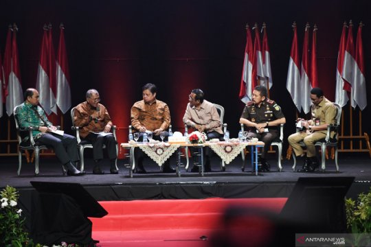 Panel III Rakornas Indonesia Maju