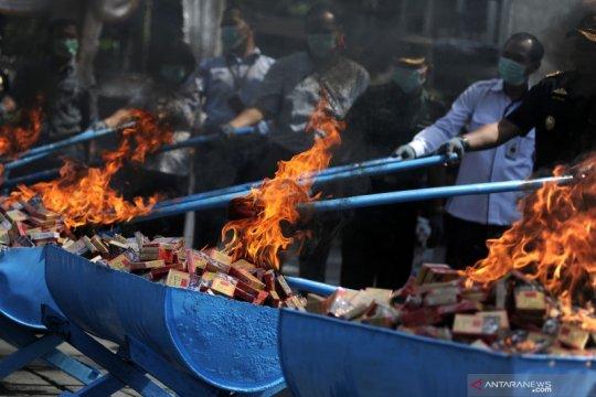 Bea Cukai Denpasar musnahkan barang milik negara senilai Rp1,7 miliar