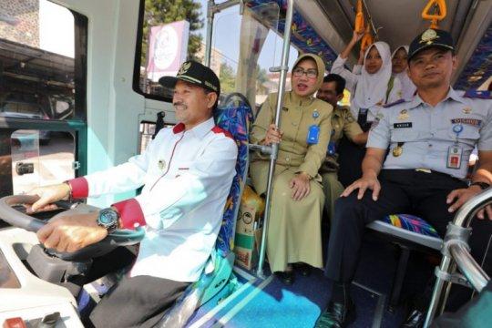 Pemkot Madiun tambah armada angkutan sekolah gratis