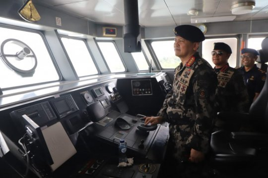 Edhy Prabowo serukan membangun komunikasi untuk jaga laut Nusantara