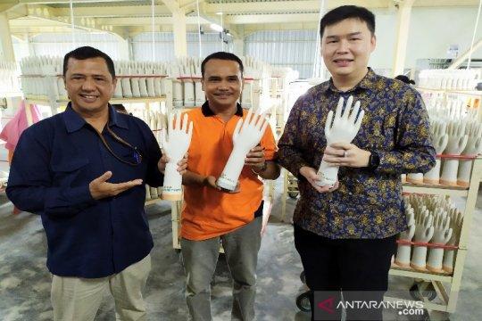 PT Mark Dynamics targetkan produksi satu juta cetakan sarung tangan