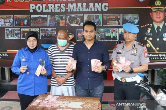 Polres Malang tangkap tangan Kades Ngadireso terkait pungli