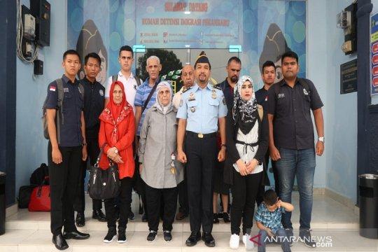 11 imigran Palestina dipindahkan dari Pekanbaru ke Tangsel
