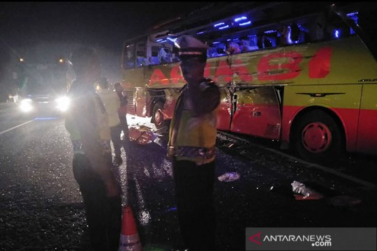 Dua bus terlibat kecelakaan Tol Cipali ternyata layak jalan