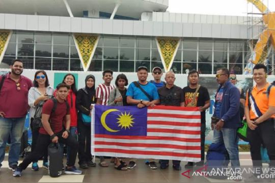Malaysia dan Brunei tiba untuk Siak International Serindit Boat Race
