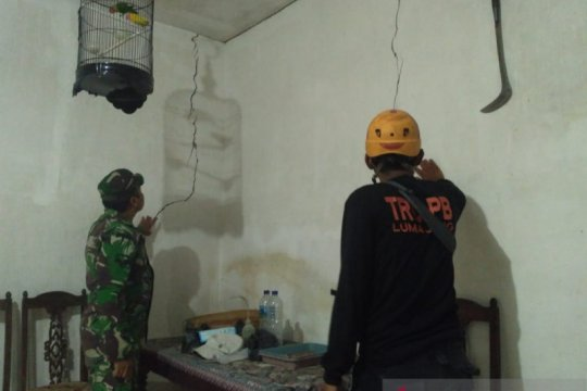 BPBD: Belasan rumah retak akibat gempa Gunung Lemongan Lumajang
