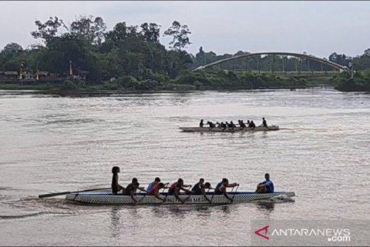 Tim putri Malaysia terpaksa berlaga di nomor putra Siak Serindit Boat